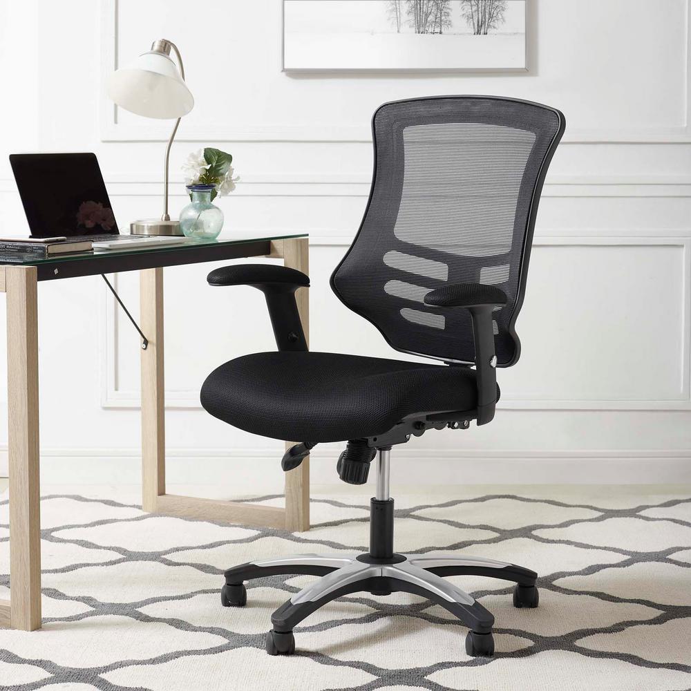 Ny kontorstol tilbyder bedre siddestillinger