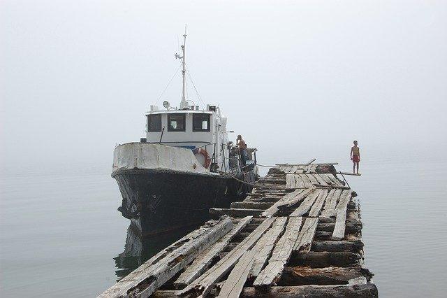 Sådan køber du bundmaling til din båd
